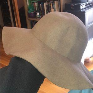 Soft Grey Sun Hat